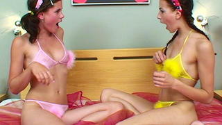 Caprice play with girlfriend